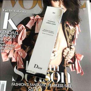 Dior Other - DIOR AIRFLASH 302 FOUNDATION