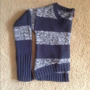 Sweaters - Cropped grey striped sweater