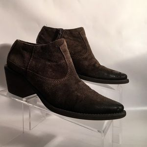 Carlos Santana Shoes - Suede western booties