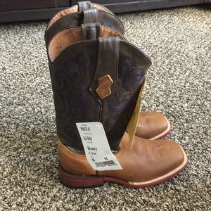 Ferrini Shoes - Brand new with tags. Ferrini cowgirl boots
