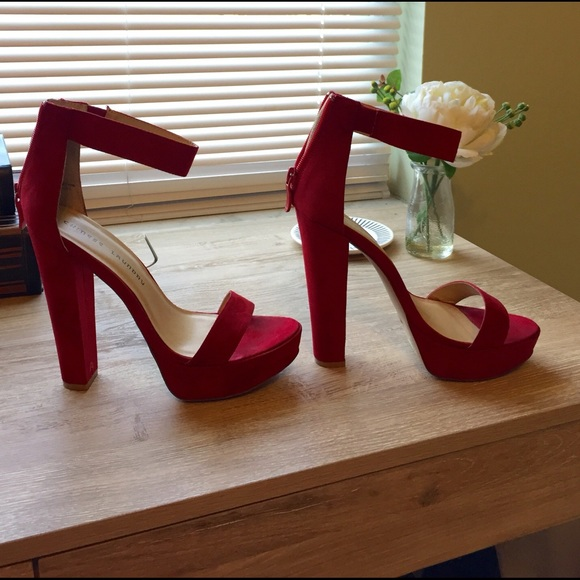 25e7437b558 Chinese Laundry Shoes - Chinese Laundry Faux Suede Deep red heels