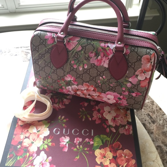 cf4f46d6f4bb Gucci Bags | Blooms Gg Supreme Top Handle Bag | Poshmark