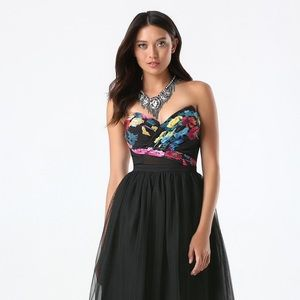 bebe Tops - NWT Bebe floral corset bustier black floral