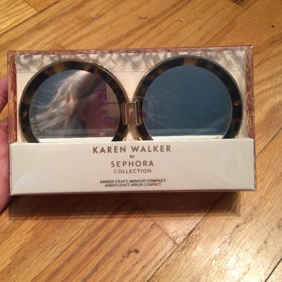 2ec9ae9dcfaa Karen walker