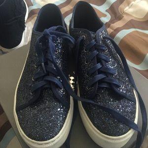 Navy glitter platform shoes