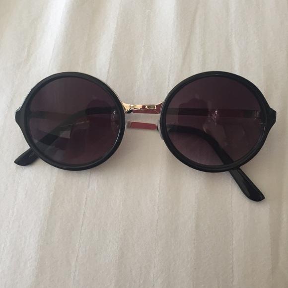 0ed9972778a oversized black sunglasses quay Source · Accessories Black Sunglasses With Gold  Trim Poshmark