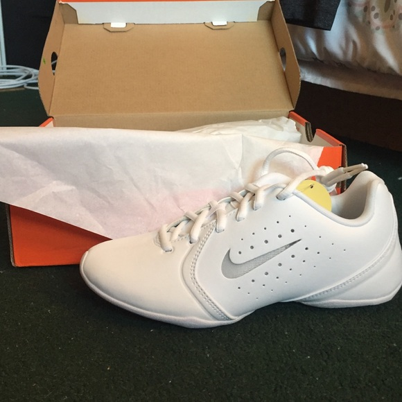 78 nike shoes white nike quot cheerleading quot shoes from
