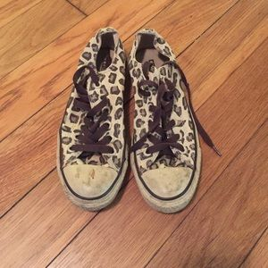 63 converse shoes black and white cheetah print