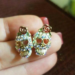 Jewelry - New bling skull punk earrings