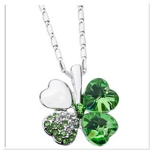 Green Swarovski Four-Heart Clover Pendant Necklace