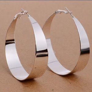 Jewelry - Modern Design Silver Hoop Earrings