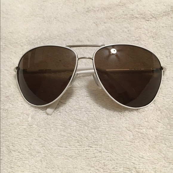 7dea14e070 Bought from nordstrum Accessories   New White Aviator Sunglasses ...