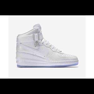 Nike womens lunar Air Force size 9
