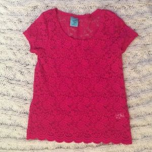 Hot pink lace scalloped top!