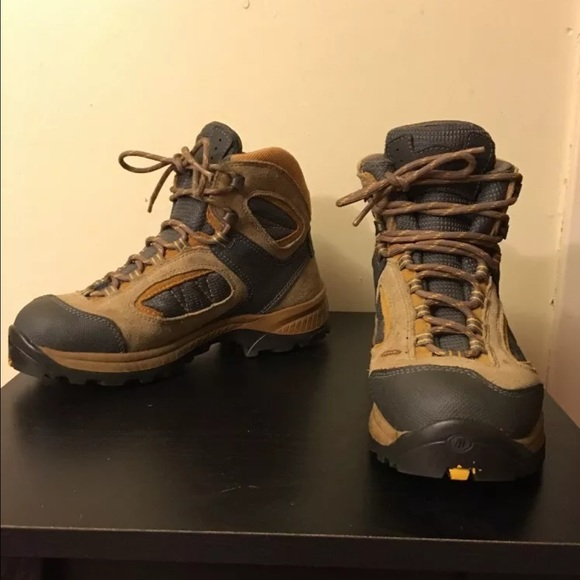 Tecnica - Tecnica Lightweight Leather Hiking Boots US 7 from Kim's ...