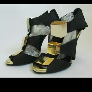 Pierre Hardy Shoes - Pierre Hardy Black and Gold Stiletto Heels 40 9