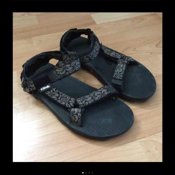 0a3f27fe04d Chaco Shoes - Teva sandals like chacos!