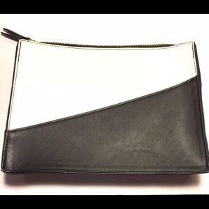 Who What Wear Handbags - NWOT Target / Who What Wear Color Block Zip Clutch