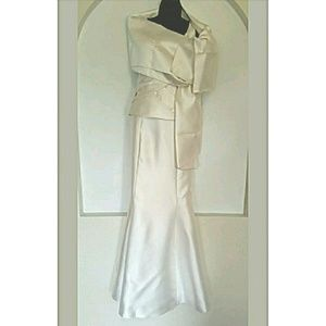 Patra Dresses & Skirts - Patra Off-white Formal or Wedding Gown Sz 10