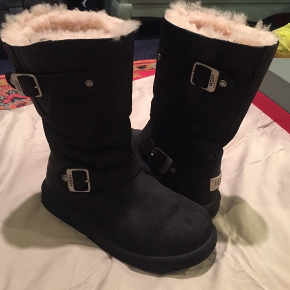 UGG boots Sutter in black size 6