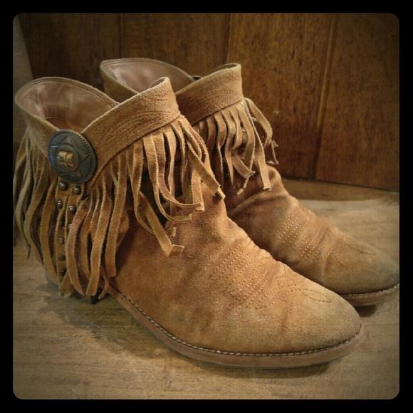 75c4017f2195 Sam Edelman Concho Fringe sidney boots 8. M 57d02df32de512ecea0210e5