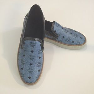 MCM Round Toe Leather Loafer sneakers