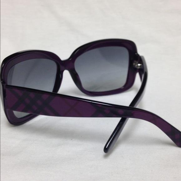 f9fe7b938687 Burberry B4074 sunglasses w  Burberry print