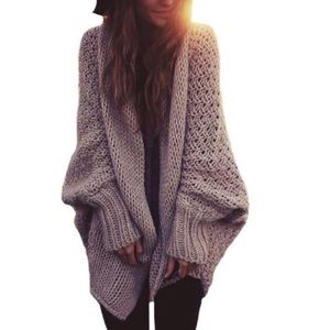 Sweaters - Oversized, soft comfy sweater!