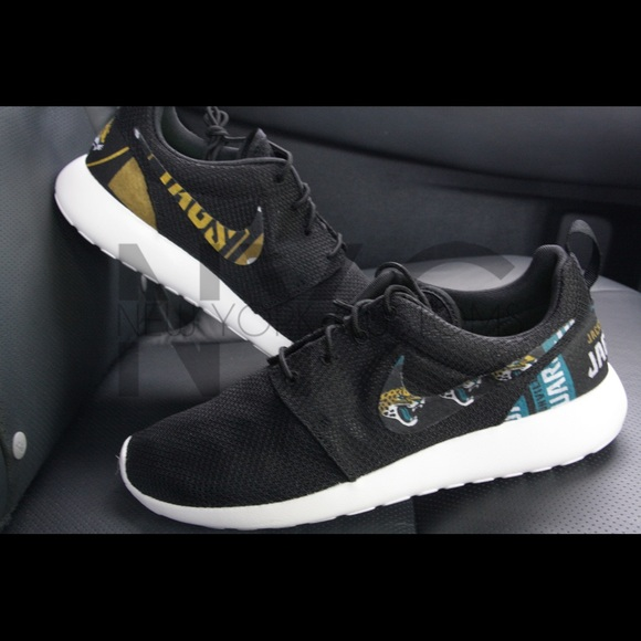 Jacksonville Jaguars Nike Roshe One Custom Men
