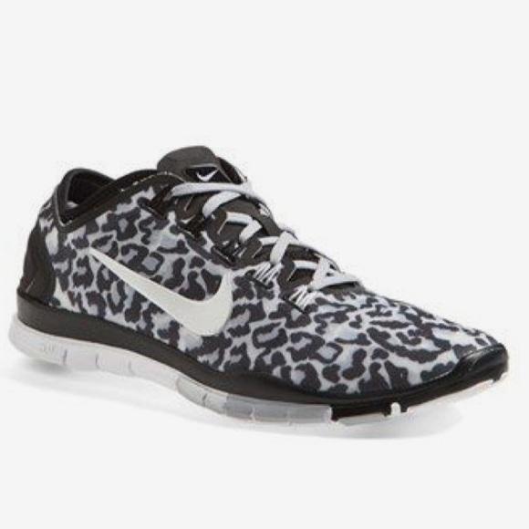 nike shoes womens free run cheetah print poshmark rh poshmark com