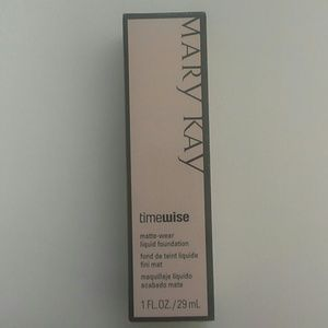 Mary Kay Other - Mary Kay TimeWise Liquid Foundation Beige 5