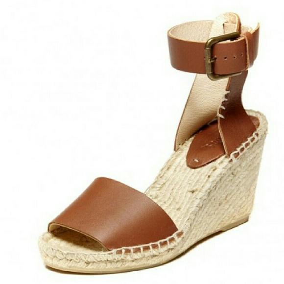 5a9c5740e39 NIB Soludos open toe leather wedge sandal