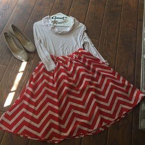 Cute chevron skirt!