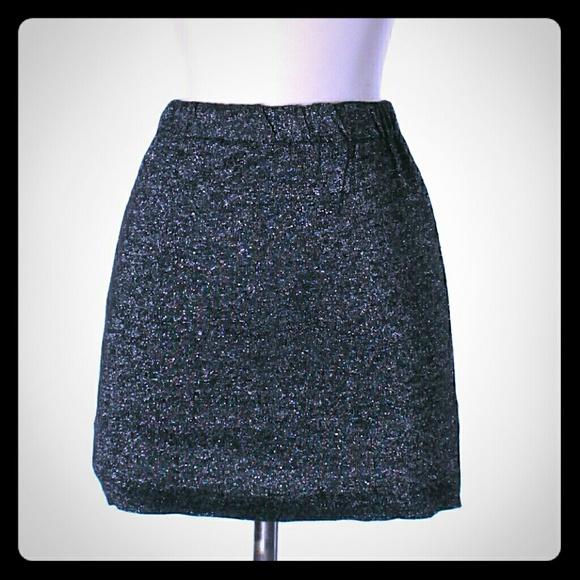 LF Dresses & Skirts - NWT LF Metallic Charcoal Bodycon Skirt