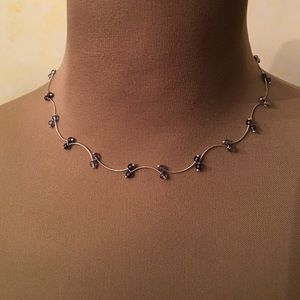 Jewelry - Beautiful silver and blue short necklace