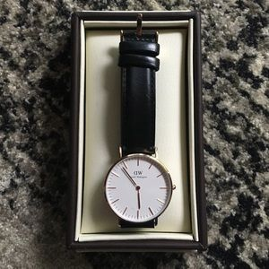 Daniel Wellington Jewelry - Daniel Wellington Classic Sheffield Watch