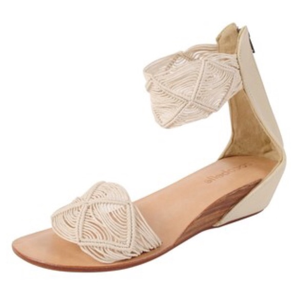 13cd9034218b Cocobelle Lilly Sandals