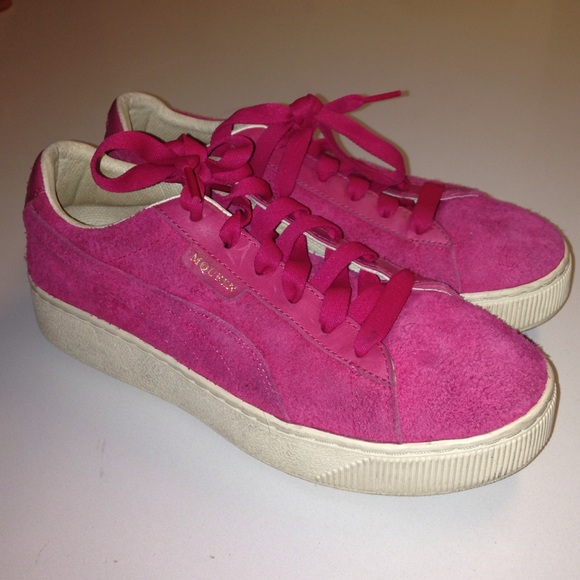 4b8f680f5bb823 Alexander McQueen X PUMA Suede Sneakers Raspberry.  M 57d09f29f739bca72d00f8d4