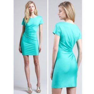 Diane von Furstenberg Dresses & Skirts - 🎉Sale🎉Diane Von Furstenberg short sleeve dress