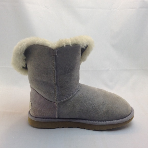 bailey button uggs used