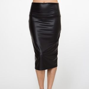 Dresses & Skirts - Black Faux Leather Pencil Midi Skirt