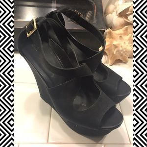 Black Criss Cross Strap Wedges