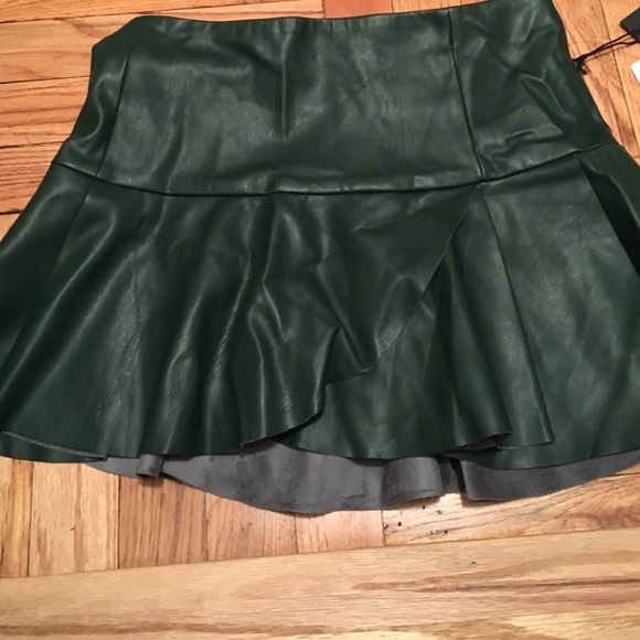 forever 21 forever 21 faux leather olive green skirt