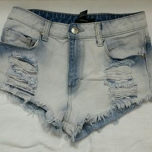 Forever21 Sexy Cool Ripped denim jean shorts sz 24
