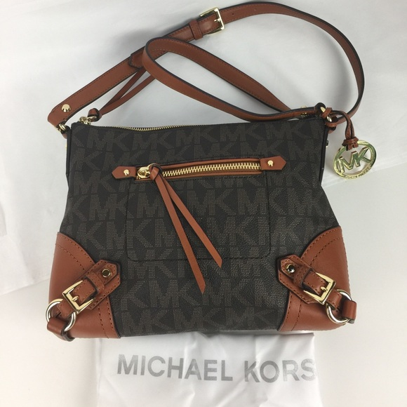 3be28a208f2c2 Michael Michael Kors Fallon Messenger Bag. M 57d0d632c28456661d019c38