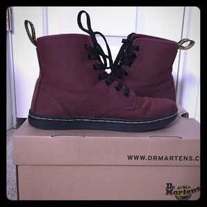Dr. Martens Shoreditch Cherry Red Rouge- Canvas