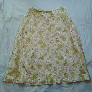 Kate Hill Dresses & Skirts - Kate Hill Green Floral Print Silk Skirt Petite