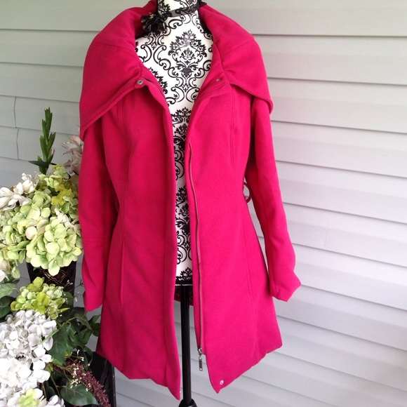 Jou Jou - JouJou Hot Pink Huge Cape Collared Wool Coat from ...