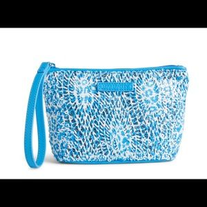 Vera Bradley Handbags - Vera Bradley Wristlet Blue NEW