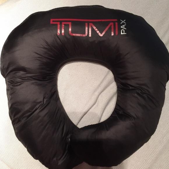 04eabce2b3f Tumi Pax Patrol packable travel puffer jacket